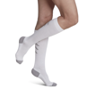 Picture of Athletic Recovery Socks Calf-White Medium 15-20mmHG, Closed Toe
